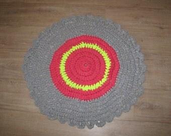 Around rug crochet with zpaghettigaren