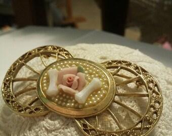 Rose shabby chic vintage brooch