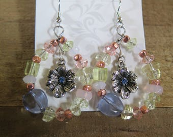 Beaded flower dangling earrings