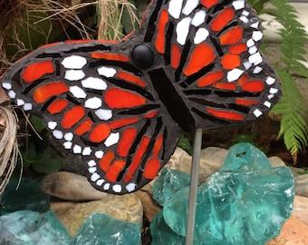 Nice Mosaic U0027Flying Monarch Butterflyu0027 Garden Art