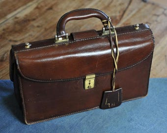 Brown leather briefcase / Vintage bag / 2 compartment briefcase / Vintage briefcase