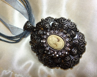 Victorian-Styled Cameo Ribbon Necklace - 17.5in