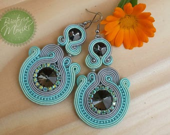 Gray@Mint earrings made in soutache embroidery technique