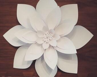 Large Paper Dahlia
