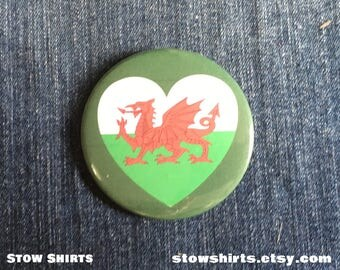 "Welsh Flag Heart 25mm (1""), 38mm (1 1/2"") or 58mm (2 1/4"") pin button badge or 25mm (1"") fridge magnet"
