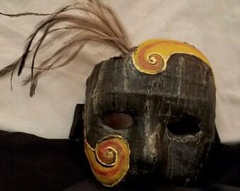 3/4 Black Feathered Mask