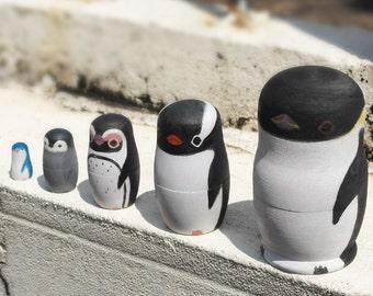 Hand painted Penguin matryoshka doll / russia nesting doll 5pcs set