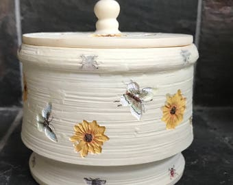 Tan Ceramic Bowl with Butterflies and Lid Melon Palm Wax Candle