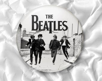 The Beatles Run Pins Button Badges | John Lennon Paul McCartney George Harrison Ringo Starr Old Vintage Photo | Diameter 2.2 inch (58mm)