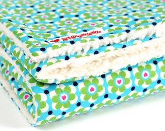 """""""Green flower"""", baby blanket, blankie, with baby on the way, cotton blanket,"""