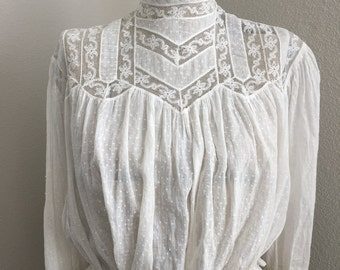 Swiss dot cotton & lace Edwardian blouse wearable condition 1910's 20's