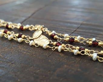 Gold Garnet And Pearl Bracelet, Double Bracelet, Real Garnet, Freshwater Pearl, Delicate Bracelet, Garnet Jewelry, Pearl Bracelet
