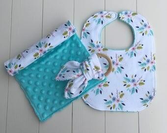 Baby gift set - Bib, Burp cloth and Teether