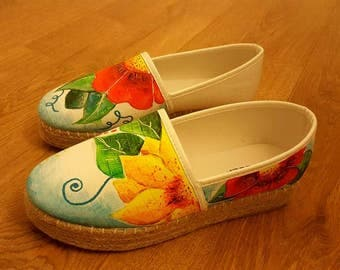 handpainted shoes size 6 immitation leather