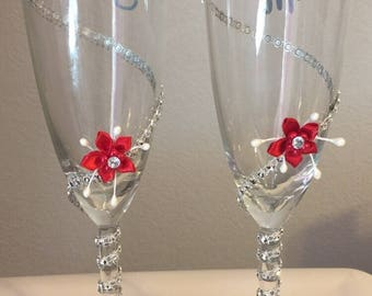 Red and silver champagne glasses, Wedding glass, Bride Groom glasses, Toasting flutes, Champagne wedding glasses, Wedding Flutes