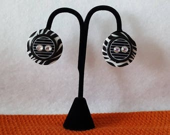Hand Crafted, Handmade, Black and White, Op Art, Retro, Button, Pierced Earrings