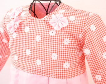 Children dress in floral fabric in pink, size 92