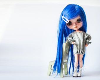 Blythe doll wig.