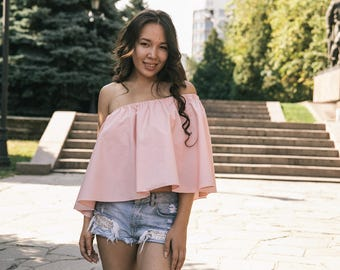Double pink cotton top with open shoulders