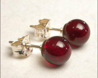Garnet 7mm Round Studs Earrings - Sterling Silver