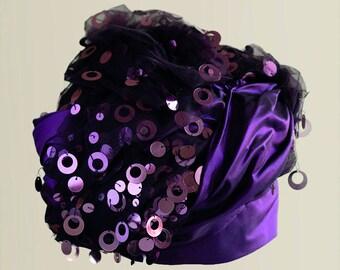 Turbante Turban Handmade Vintage in taffetà e tulle, color porpora violet purple color, decorato con paillettes, paillettes decorations