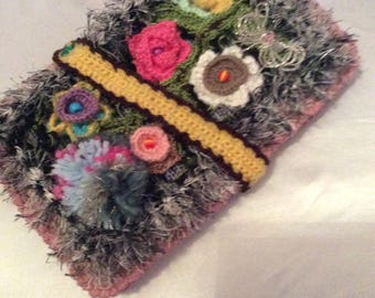 Pocket for Tablet, book, health... .acrylique multicolor crochet and leather natural.