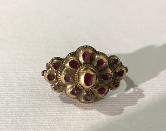 Antique ring late 1600, gold and rubies