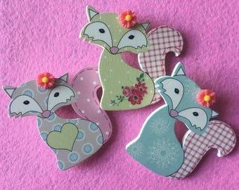 Cute wooden fox clips!