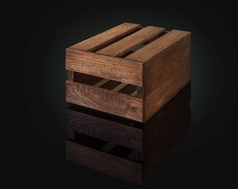 Shoe box in Dark Oak