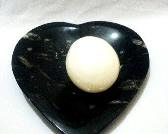 hand carved marble egg and  heart shaped disk black and white