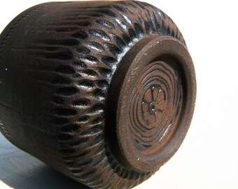 Black stoneware carved Yunomi teabowl woodfired