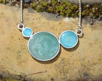 North Sea bubble necklace