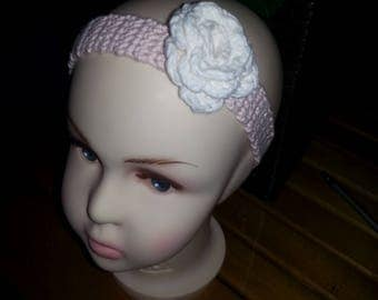Beautiful pale pink headband, 6 - 9 mth crocheted in cotton