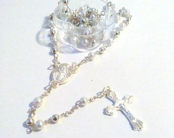 Favorece a 12 pc. blanco Rosario favores blanco Mini rosarios/blanco perla rosarios/primera comunión/bautismo bautizo / RECUERDOS/Bautizo