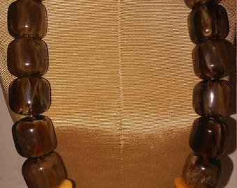 Brown your favorite color?  Brown  Tan Necklace and earrings