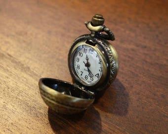 Netsuke / pocket watch (KA-BW-102)