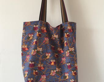 Lined owl tote bag