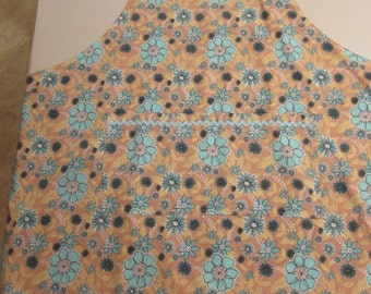 Extra Large Apron flower pattern    (#523)
