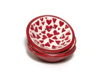 Ceramic Bowls - Set of 3 Ceramic Bowls with Red Hearts and Arrows