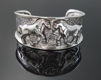 Ladies Sterling Silver Fjord Cuff Bracelet by Cavallo Fine Jewelry