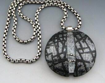 Split Circle polymer pendant on chain