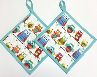Potholders set of 2 Quilted Whimsy Owls Kitchen Cooking Hotpads