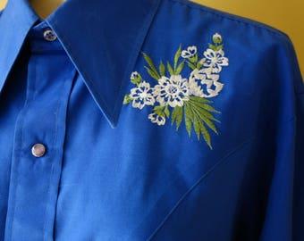 Large 44 Chest 1970s Vintage Bright Blue Floral Embroidered Western Shirt Rockabilly Viva Las Vegas Urban Hipster
