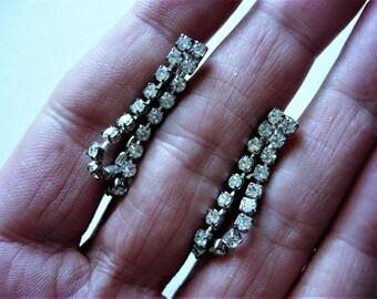 Lovely Pair of Vintage Rhinestone Earrings