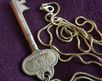 Hotel Astor vintage key necklace New York