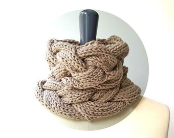 Merino Cable Snood / Single Loop Scarf / Neck Warmer. Dark Beige. Hand Knit and Handmade in France.