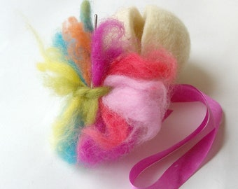 Naked Egg: Easter Craft Kit (All Natural DIY Spring Needlefelting Project with Wool, Needle and Small Egg)