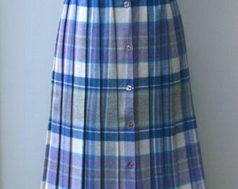 Vintage plaid skirt, knee length tartan wool blend pleated skirt, 70s misses woman size Medium L skirt, 1970s classic lady skirt, old school