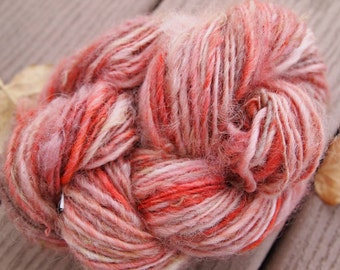 EARTH CLAY Handspun Yarn Wool Border Leicester Fleecespun 121yds 3.1oz 8wpi knitting aspenmoonarts art yarn