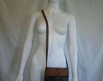 Closing Shop Sale 45% Off Vintage 80s 90s black brown Leather cross body bag purse